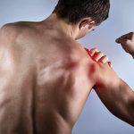 Боль в плечевом суставе правой руки: причины и как снять боль