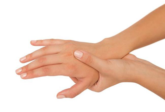 Онемение на правой руке
