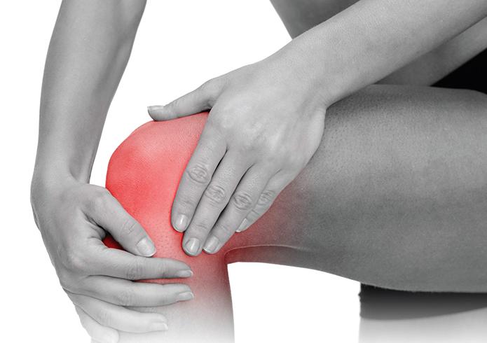У человека ушиб колена