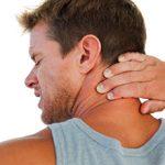 Растяжение мышц шеи: причины, симптомы и лечение