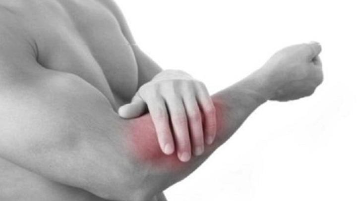 Боль в правой руке