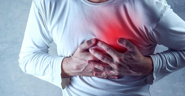 Симптомы в груди