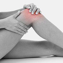 Если болит колено ночью в состоянии покоя: причины и что делать