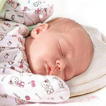 Ортопедическая подушка для новорожденных: для чего нужна и как пользоваться