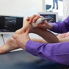 УЗИ голеностопного сустава — что показывает и как проводят
