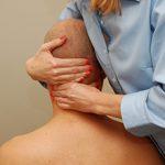 Мануальная терапия при остеохондрозе шейного отдела: показания и применение
