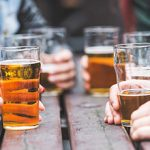Влияние алкоголя на суставы человека