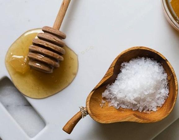 Мед и соль