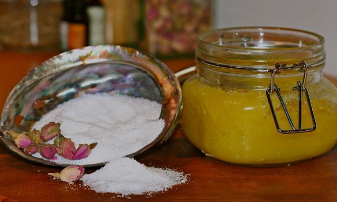 Свежий мед и соль
